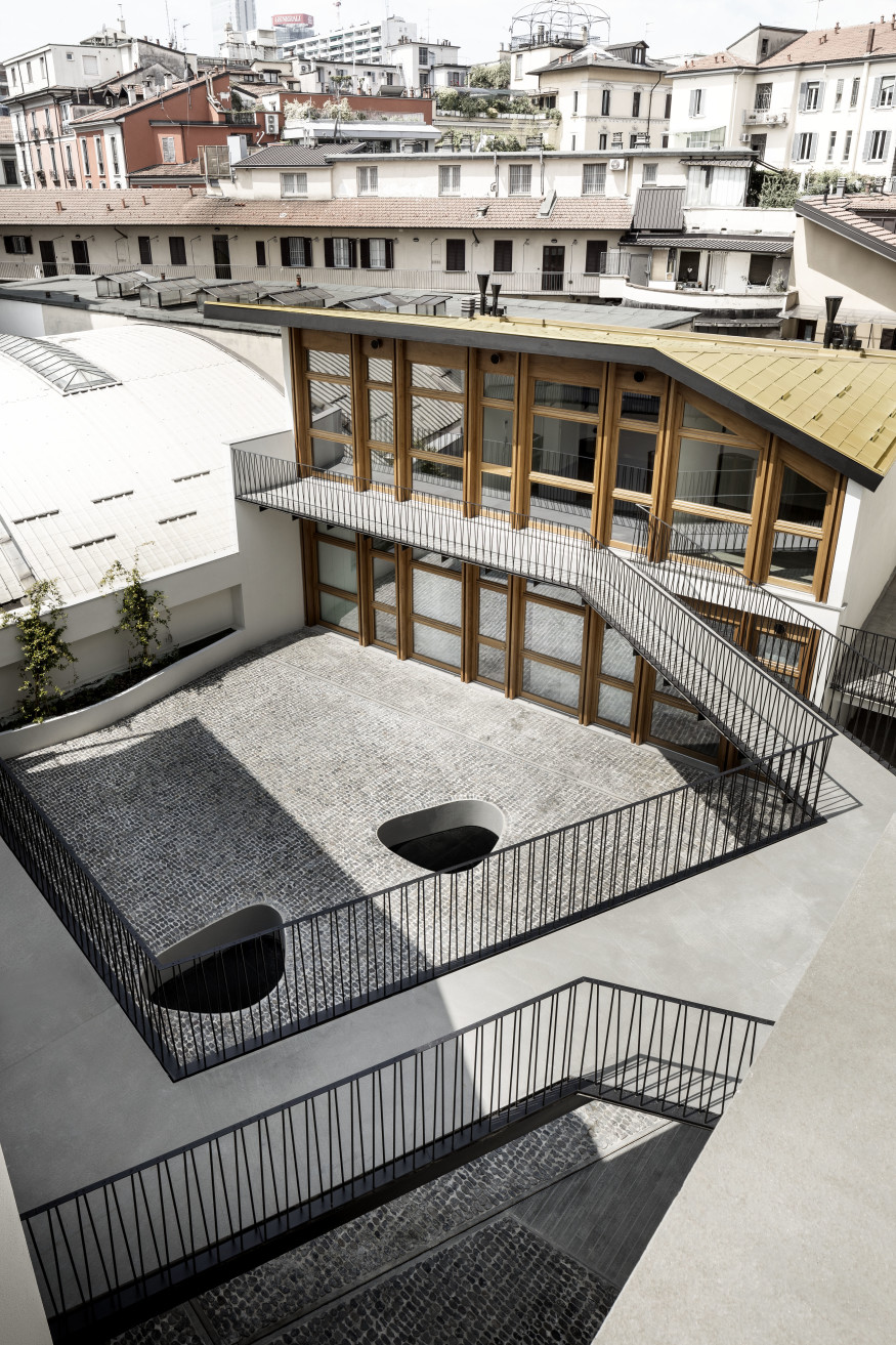 De amicis architetti via canonica 79 refurbishment milan traditional milanese building courtyard